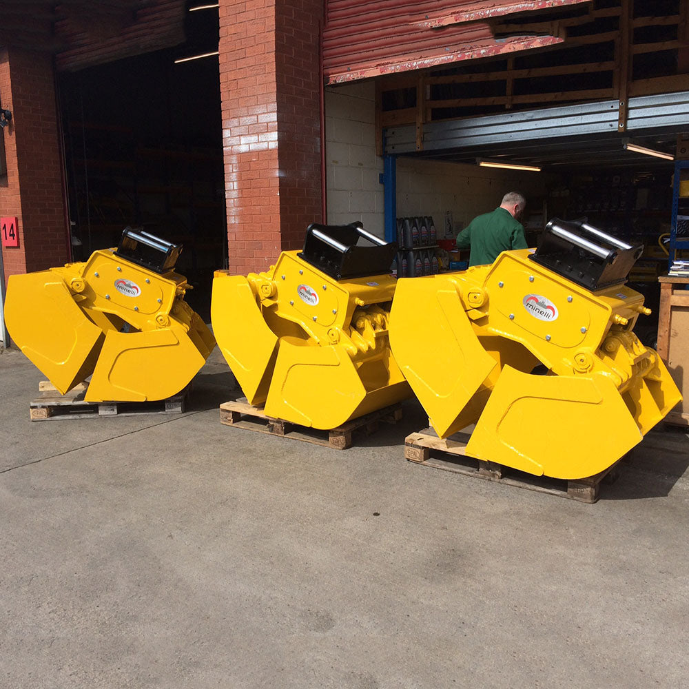 MBB Clamshell Buckets, Excavator and crane attachments