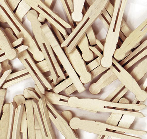 Wooden Flat Slotted Clothespin - 40 Pieces Natural