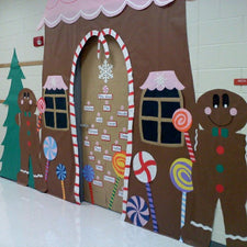 Gorgeous Gingerbread House Classroom Display