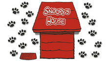 Giant Peanuts® Dimensional Dog House Bulletin Board Set