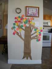 Tree-Themed Fall Bucket List!