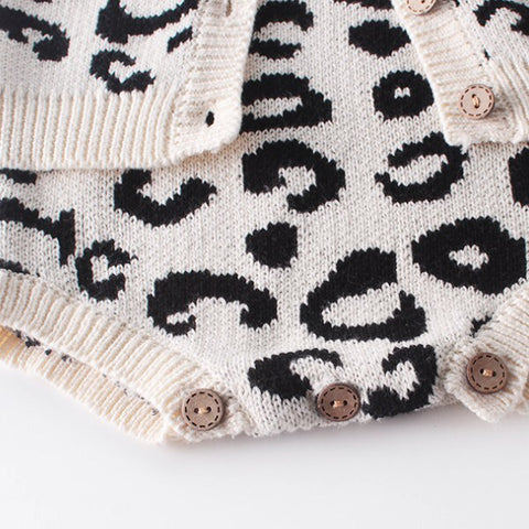 Image of PROMO DU MOMENT - Ensemble Gilet et Barboteuse Leopard -30%