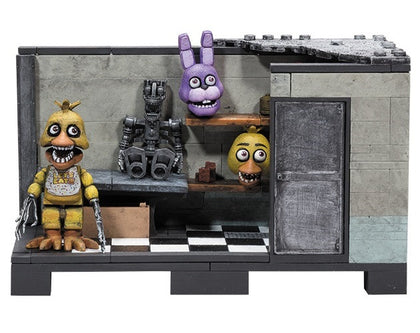 McFarlane Construction Set - Five Nights at Freddy's Backstage with Withered Chica figure (12036)