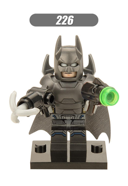 DC Universe - Batman v Superman - Armor Suit Batman Minifigure