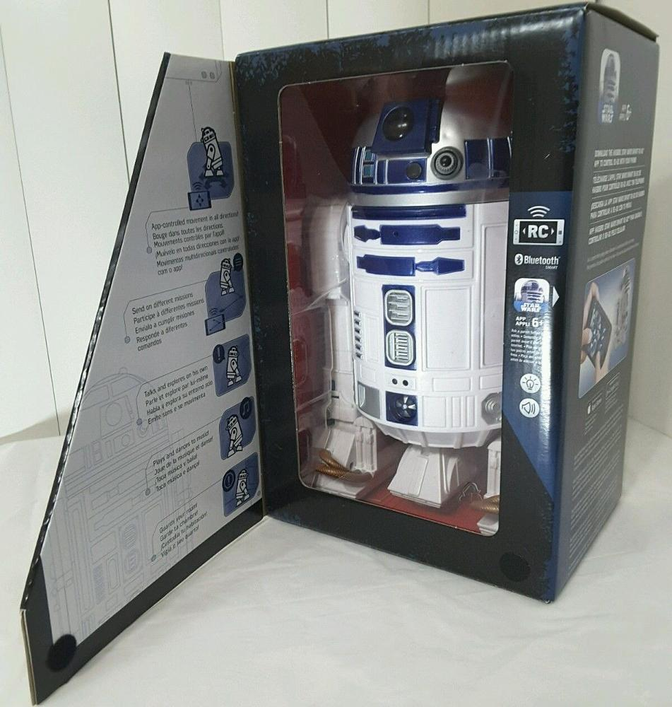 Hasbro - Star Wars - Smart R2-D2 App-Enabled RC Remote Controlled Robot (B7493)