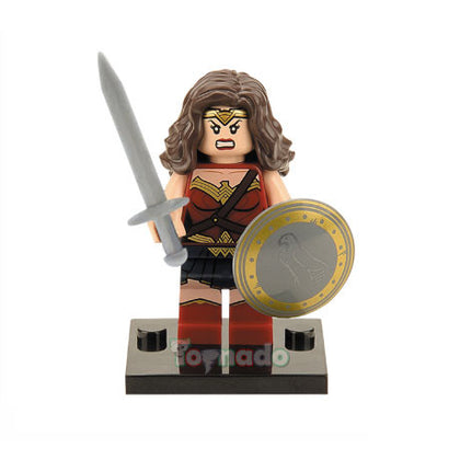 DC Universe - Batman v Superman - Wonder Woman Minifigure