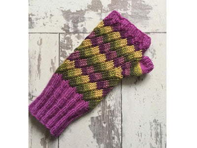Bubble & Squeak Mittens by Jane Burns in West Yorkshire Spinners Signature 4 Ply