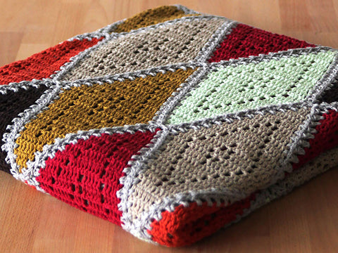 Spicy Diamond Blanket by Haak Maar Raak in Scheepjes Linen Soft
