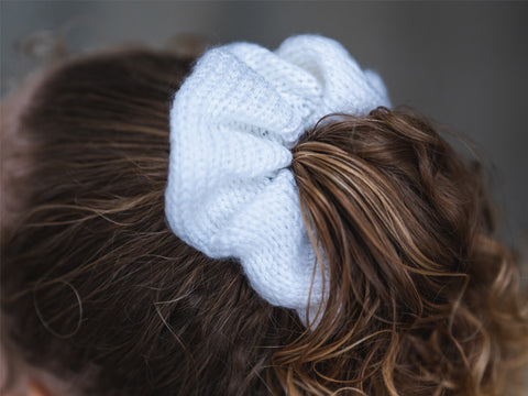 Scrunchies Knitting Kit and Pattern in Deramores Yarn