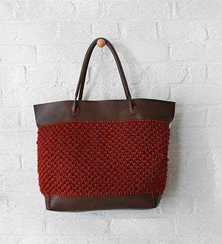 Rust Tote Bag in Bergere de France Alaska (675.53)