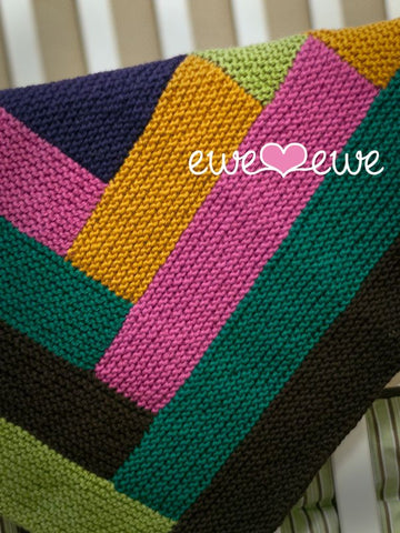 Cuddle Up Log Cabin Baby Blanket in Ewe Wooly Worsted (219)-Deramores