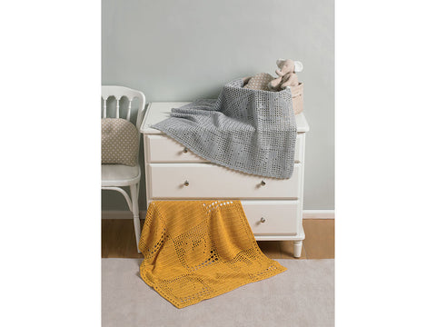 Blankets Crochet Kit and Pattern in Sirdar Yarn (8257)