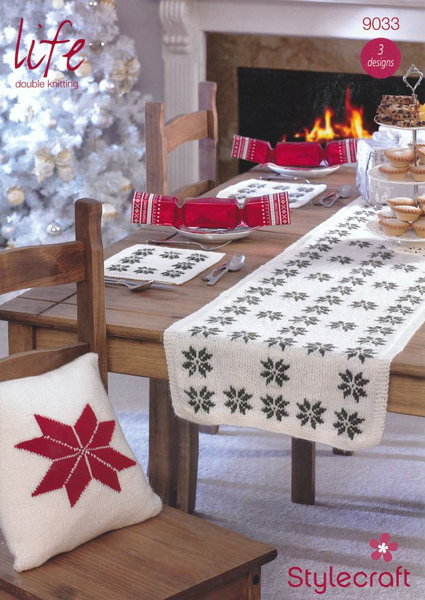 Cushions Table Mats and Table Runner in Life DK (9033)