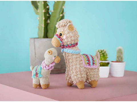 Amigurumi Llama & Baby Crochet Kit and Pattern in Stylecraft Yarn (9595)