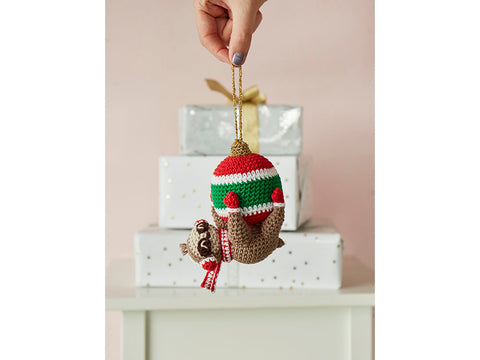 Crochet Now Hanging Around The Christmas Tree Bauble in Rico Design Ricorumi