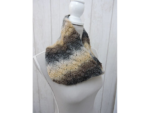 Flash Lace Cowl & Gloves in Cygnet Yarns Prism DK (CY1216)