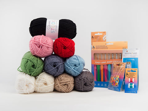 Essential Crochet Kit
