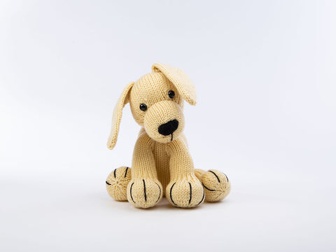 Dexter the Labrador - Dera-Dogs by Amanda Berry in Deramores Studio DK