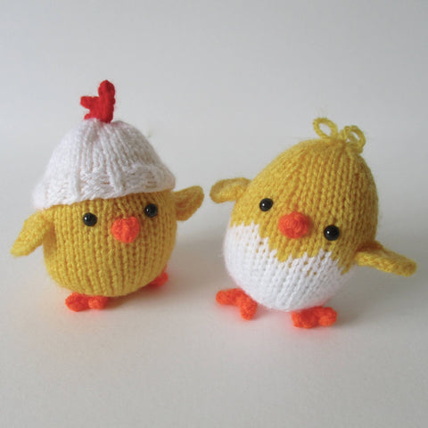 Eggy Chicks Knitting Kit and Pattern in Hayfield Yarn
