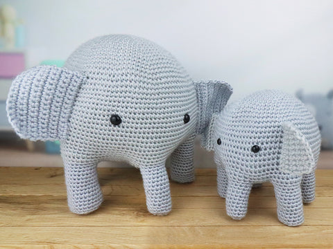 Mummy and Baby Elephant Crochet Kit and Pattern in Deramores Yarn