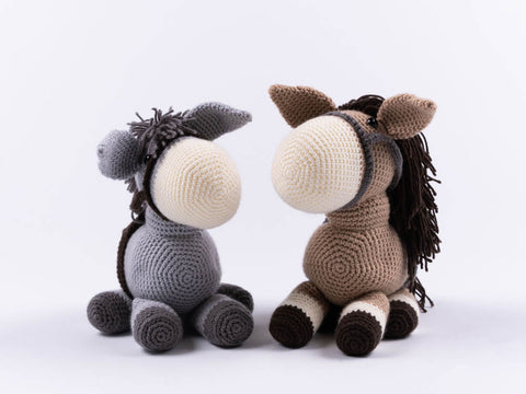 Dera-donkey and Dera-horse Dougie & Hettie Crochet Kit and Pattern