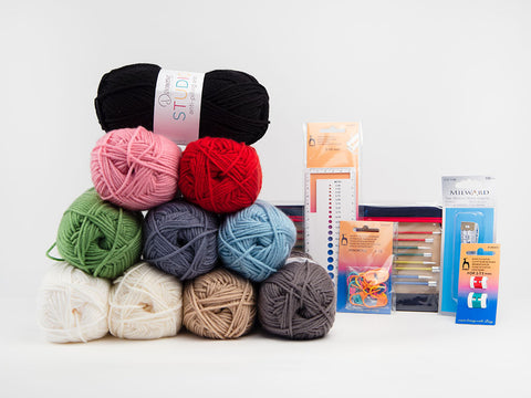 Essential Knitting Kit