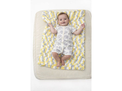 Cheerful Cushy Mat in Lion Brand Off The Hook (L80224)