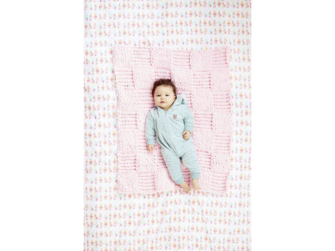 Checkerboard Baby Blankie in Lion Brand off the Hook (L80297)