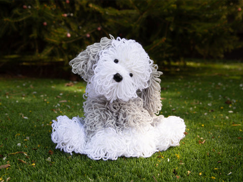 Old English Sheepdog Deradog Knitting Kit and Pattern in Deramores Yarn