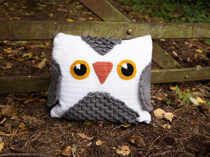 Owl Cushion Crochet Kit and Pattern in Deramores Yarn