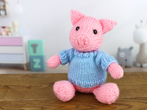 Pig Knitting Kit and Pattern