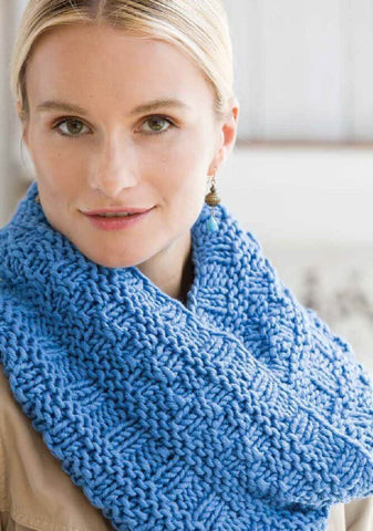 Deramores Textured Cowl Kit in Studio Chunky-Deramores
