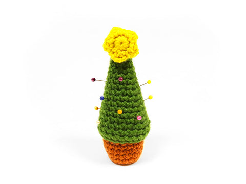 Christmas Tree Pincushion Crochet Kit and Pattern in Deramores Yarn