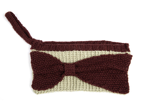 Bow Clutch Bag by Wendy Kippax in Deramores Studio DK