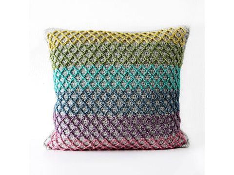 Anchor Pillow by Haak Maar Raak in Scheepjes Stone Washed
