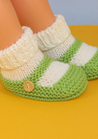 Baby One Button Sock and Slipper Booties by MadMonkeyKnits (1021) - Digital Version-Deramores