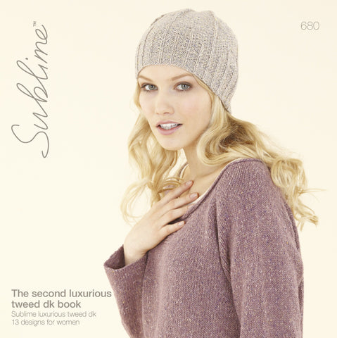 The Second Luxurious Tweed DK Book (680)
