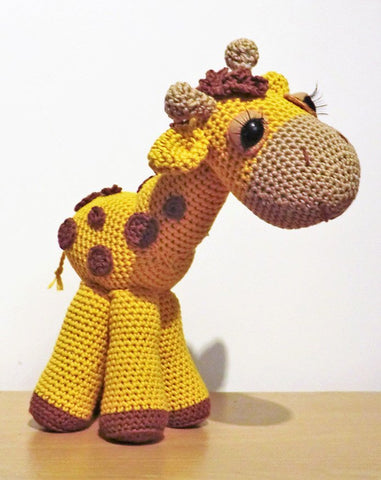 Georgina the Giraffe by Liz Ward - Digital Version-Deramores