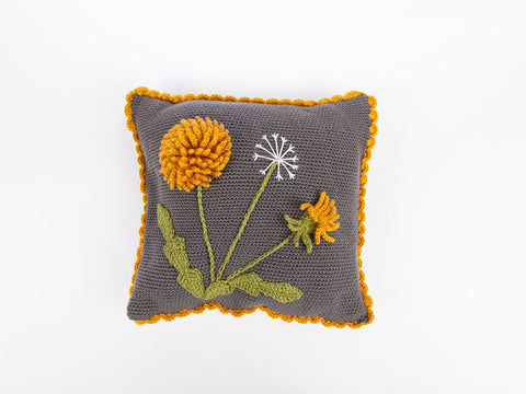 Dandelion Cushion by Zoë Potrac in Deramores Studio DK
