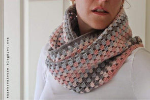 Granny Stripe Cowl - By Sarah Shrimpton - Digital Pattern