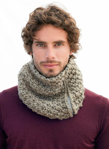 Bergere de France - Men's Snood Kit - Bistre-Deramores