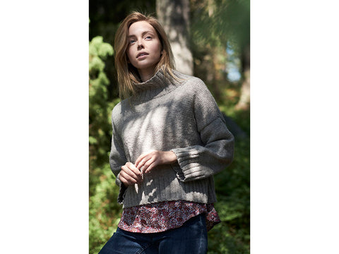 Women's Knitted Sweater in Novita Nordic Wool