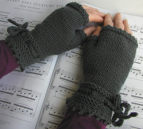 The Piano Gloves - By Julia Marsh - Digital Pattern Only