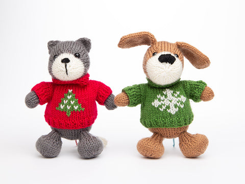 Christmas Pets by Amanda Berry in Deramores Studio DK
