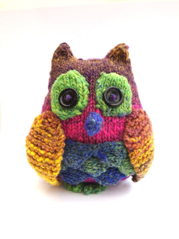 Yarn Owl by Sue Stratford in Lion Brand Landscapes Yarn