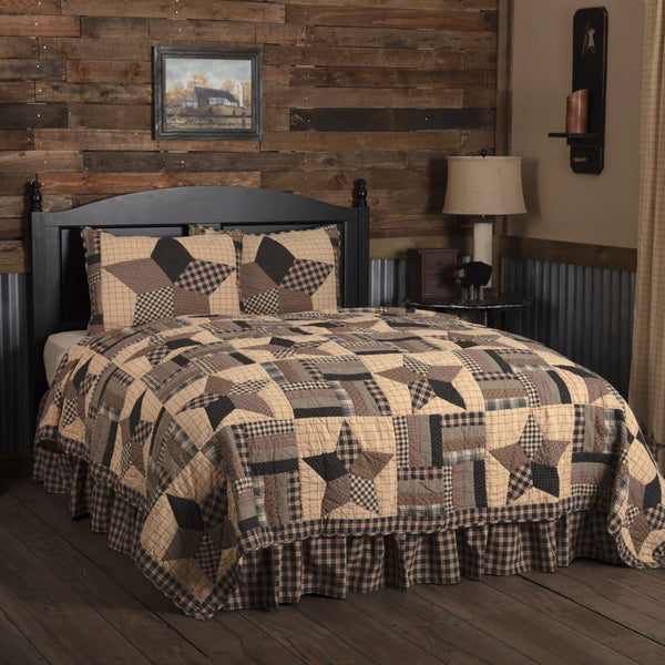 Bingham Star Quilts & Accessories