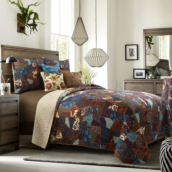 Dizzy Ultra Comfort Quilts & Accessories by Donna Sharp