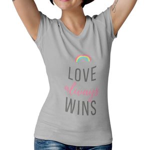 Camiseta Feminina - Love Always Wins