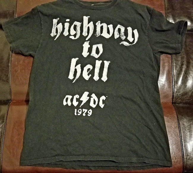 AC/DC 'Highway to Hell' T-Shirt Men's Medium