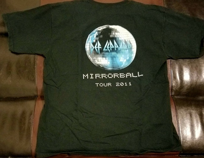 Def Leppard Mirror Ball 2011 Official Lighting / Staging / Road Crew T-Shirt -Men's XL - Upstaging Chicago
